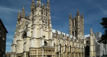 Church of England files shareholder resolutions at BP and Shell on climate change