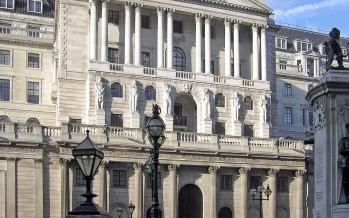 Bank of England: enorme rischio finanziario per chi investe in combustibili fossili