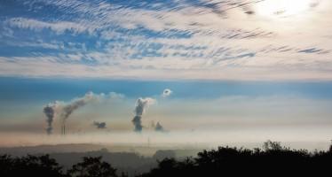 Cala l'inquinamento dell'aria, ma si stimano ancora 34mila italiani morti da smog ogni anno