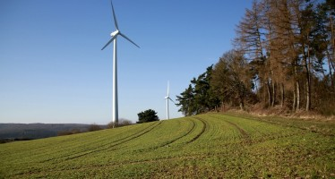 UK wind generation sets new records