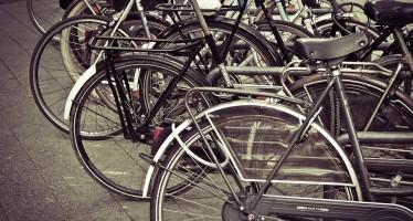 Bike to work, in Francia parte l'incentivo a chilometro. Anche in Italia c'è chi lo sperimenta