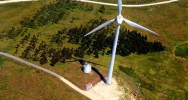 Torna il viaggio in aereo intorno al mondo di Abb e Solar Impact per promuovere le rinnovabili