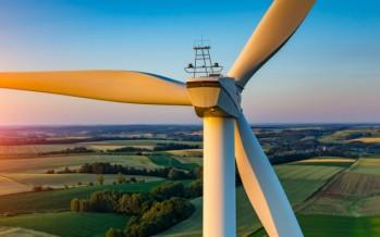 Forte crescita delle rinnovabili a livello mondiale nel 2015, ma l'Italia non segue il trend