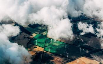 Come triplicare gli investimenti in rinnovabili per il 2030