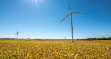 Europe adds 12.5 GW of new wind capacity in 2016 with record €27.5bn in new investments
