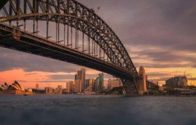 Quasi la metà delle grandi aziende australiane si sta spostando verso le rinnovabili