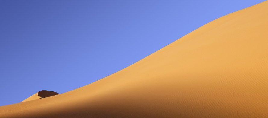 Eolico e solare potrebbero far fiorire il deserto del Sahara in più di un modo