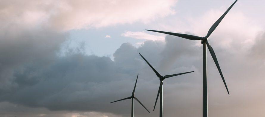Le rinnovabili britanniche superano per la prima volta i combustibili fossili